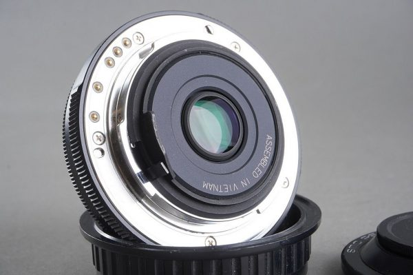 SMC Pentax DA 2.8 / 40mm lens, Limited