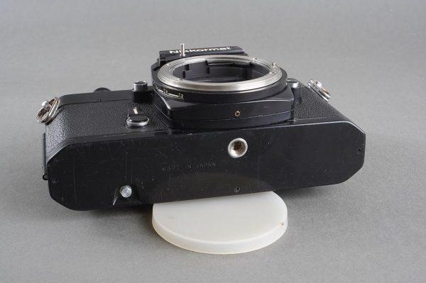 Nikon Nikkormat EL black body