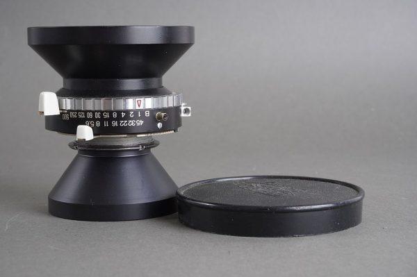 Schneider Super-Angulon 1:8 / 90mm lens in Synchro Compur shutter