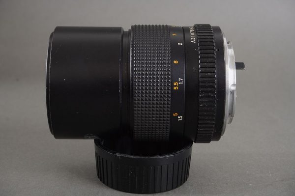 Yashica Lens ML 135mm 1:2.8 in Contax / Yashica bayonet mount