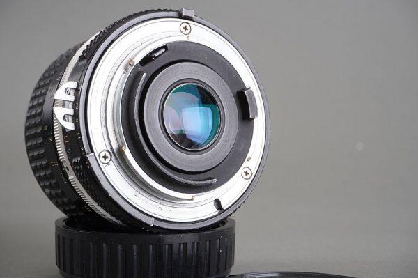 Nikon Nikkor 28mm 1:3.5 AI lens