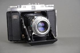 Zeiss Ikon Ikonta M 524/16 rangefinder folding camera