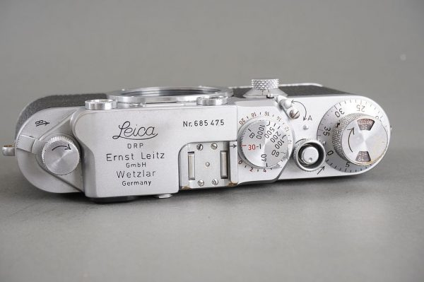 Leica IIIf camera body in need for CLA