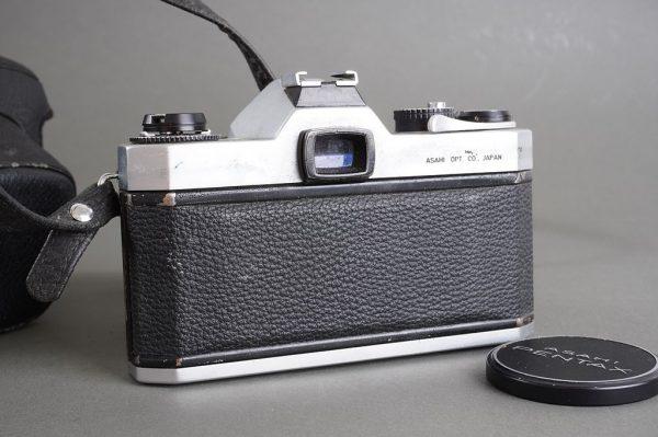 Asahi Pentax Spotmatic F + SMC Takumar 55mm 1:1.8 lens – defective