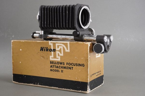 Nippon Kogaku Tokyo F bellows focusing attachment II – boxed