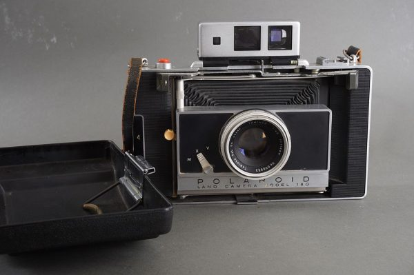 Polaroid Land Camera Model 180 with Tominon 114mm 1:4.5 lens