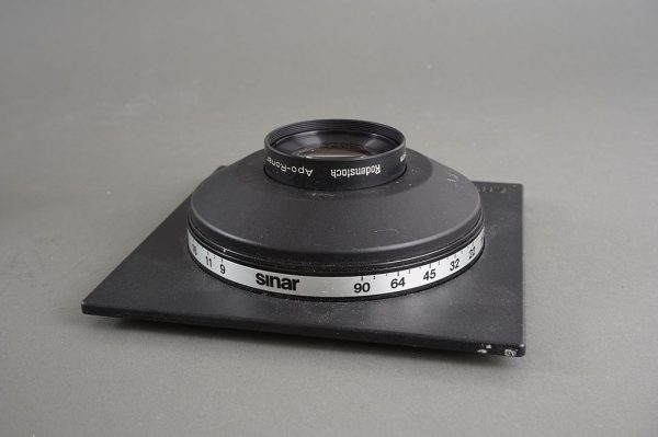 Rodenstock APO-Ronar 300mm 1:9 MC in Sinar DB board