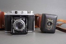 Zeiss Ikon Baby Box Tengor + Frank Six II folding camera