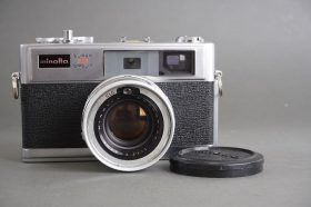 Minolta Hi-Matic 11 Super 3 Circuit rangefinder camera with 1.7/45 Rokkor lens