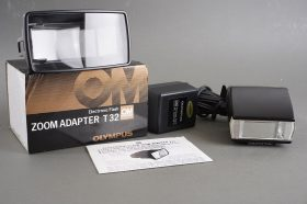 Olympus T20 flash + T32 flash zoom adapter + AC adapter 2