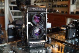 Mamiya C330 f + Sekor S 80mm f/2.8 Blue Dot