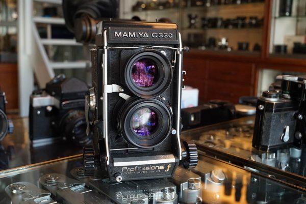Mamiya C330 pro F camera with Mamiya Sekor 2.8 / 80mm lens – Rental