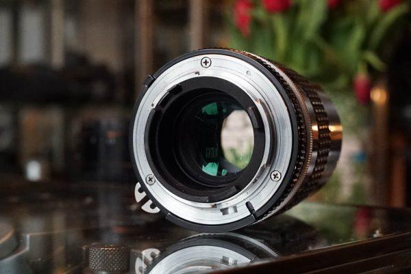 Nikon Nikkor 135mm 1:2.8 AI-s lens