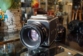 Hasselblad 500C/M kit with 4 Zeiss lenses – Rental