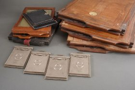 Lot of 3x vintage plate film holders, approx. 21x29cm + extra smaller ones