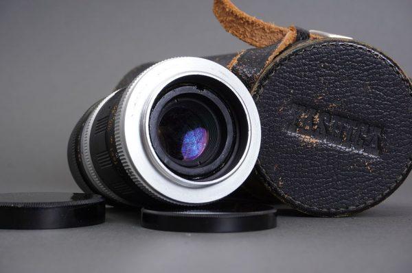 Early Yashica Super-Yashinon-R 13.5cm 1:3.5 lens, M42 mount