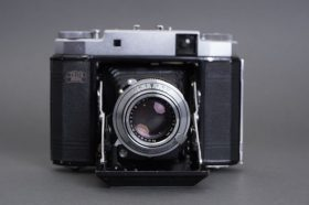 Zeiss Ikon Super Ikonta 531/16 with Novar Anastigmat 75mm 1:3.5 lens