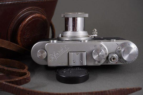 Zorki C rangefinder camera with Industar 3.5/5cm lens, Leica copy with M39 screw mount
