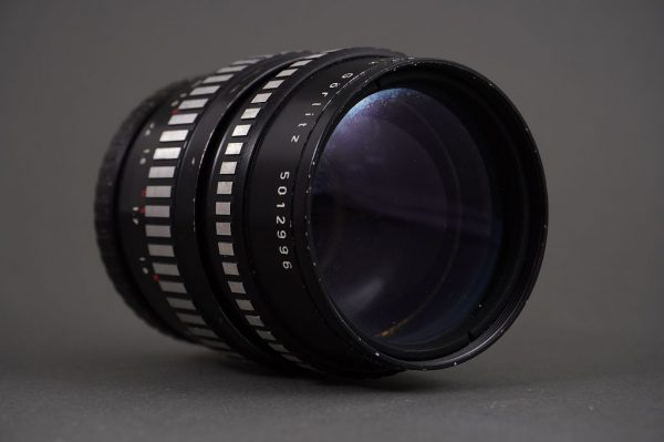 Meyer Optik Orestor 135mm 1:2.8 lens for Exakta