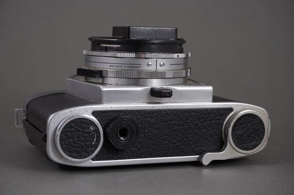 Agfa Flexilette 35mm TLR camera