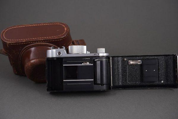 Robot Junior camera with Schneider Radionar 3.5/38mm lens