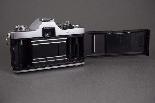Miranda DX-3 SLR camera with EC 50mm 1:1.8 lens