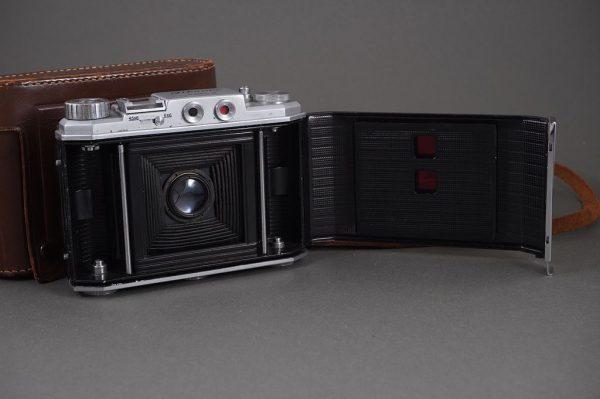 Mihama-Six Model-II 6×6 / 6×4.5 folding camera