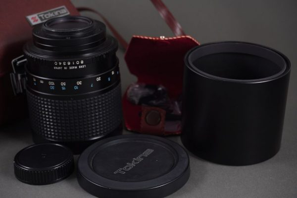RMC Tokina 500mm 1:8 mirror lens in M42 mount