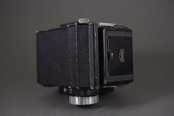 Fujita 66 SQ 6×6 camera with Fujitar 80mm 1:3.5 lens
