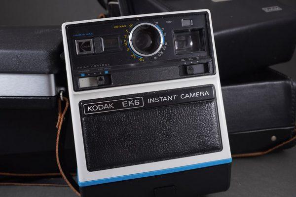 Polaroid 350 and Kodak EK6 instantr cameras set, both cased