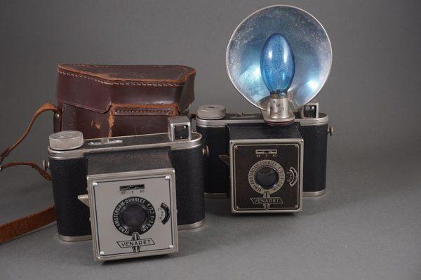Vena Amsterdam Venaret cameras lot of 2, one cased, one with flash