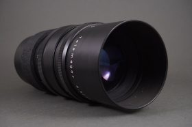 Meyer Optik Telemegor 300mm 1:4.5 in M42 mount