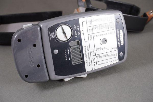Gossen Lunasix 3 exposure meter with additional attachment, cased