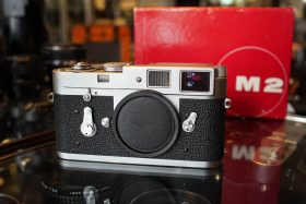 Leica M2 body, Boxed and with quick load
