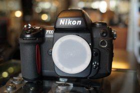 Nikon F100 body, Boxed