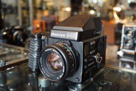Mamiya M645 super + Mamiya 2.8 / 80mm N lens  – Rental