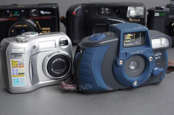 Lot of 5x compact cameras, as per pictures, one digital