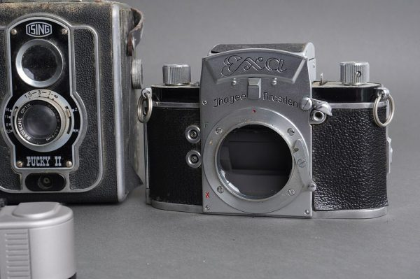Lot of 4x various vintage cameras: Agfa, Ising, Exa