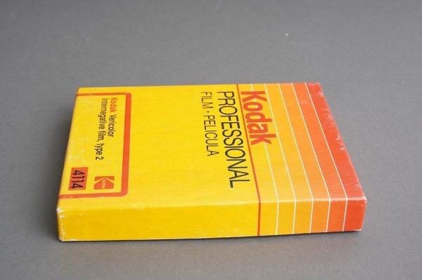 sealed box of 4×5 inches Kodak Vericolor / 4114 film, 10 sheets, expired 03/1991