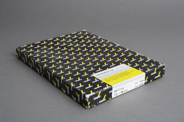box of OrwoPan 100 13×18 cm film, 25 sheets, expired 06/1996