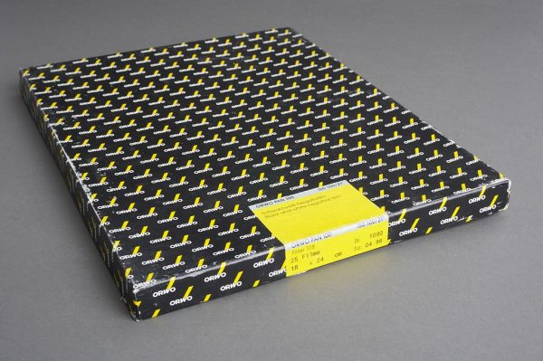 box of OrwoPan 100 18×24 cm film, 25 sheets, expired 04/1996