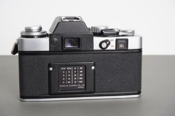 Minolta XE-1 camera body