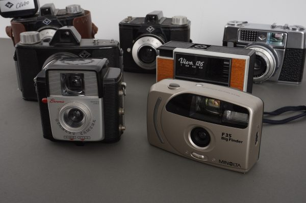 Lot of 7x vintage cameras, mostly Agfa