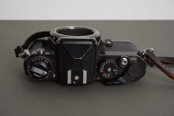 Nikon FE camera body, black