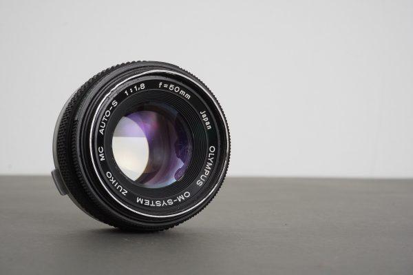 Olympus OM 50mm 1:1.8 standard Zuiko lens