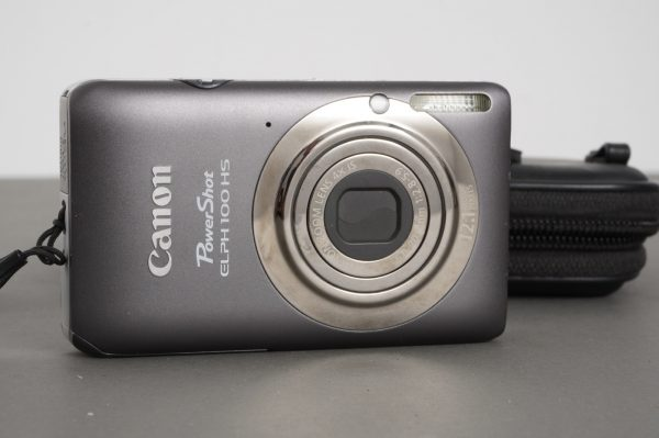 Canon PowerShot ELPH 100HS compact camera – sexy ;-)
