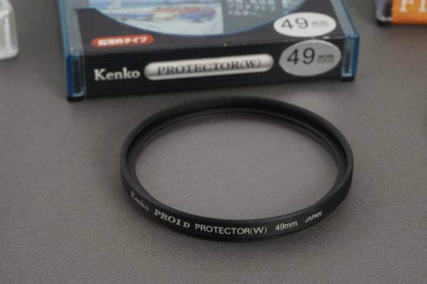 Kenko ND 8x 77mm screw-in neutral density filter, boxed + extras