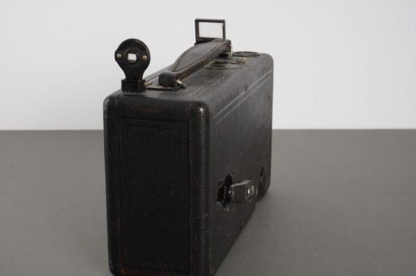 Cine Kodak Model B 16mm movie camera