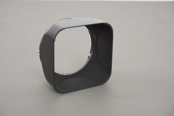 Hasselblad B50 lens hood for 80mm C Planar lens