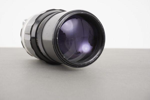 Nikon Nikkor-Q Auto 200mm 1:4 preAI lens